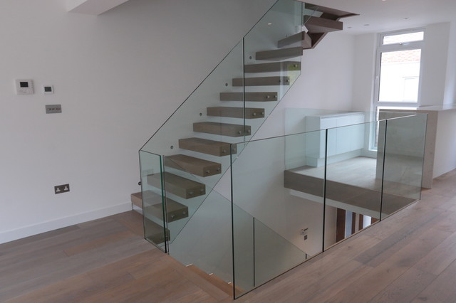 Zigzag and cantilever staircases  - Contemporary - Staircase