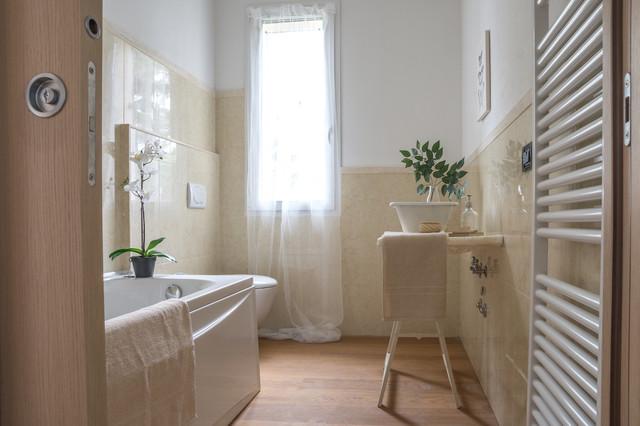 Allestimento appartamento di nuova costruzione non arredato classico stanza da bagno - Costruzione bagno ...