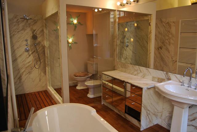 Bagni In Marmo Immagini : Bagni in marmo calacatta oro