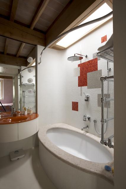 Bagno e lucernario moderno stanza da bagno milano - Stanze da bagno moderne ...
