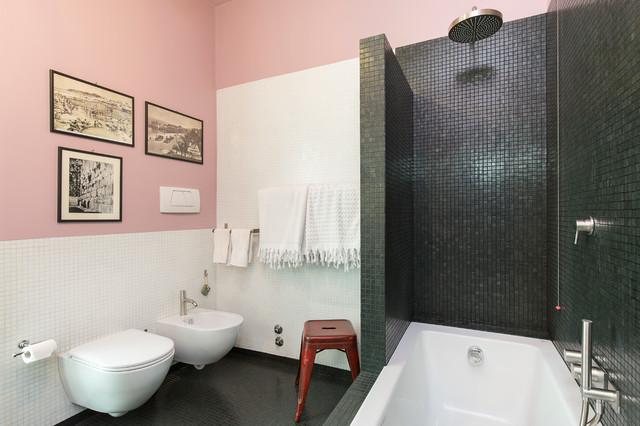 Foto in Bagno rosa e nero