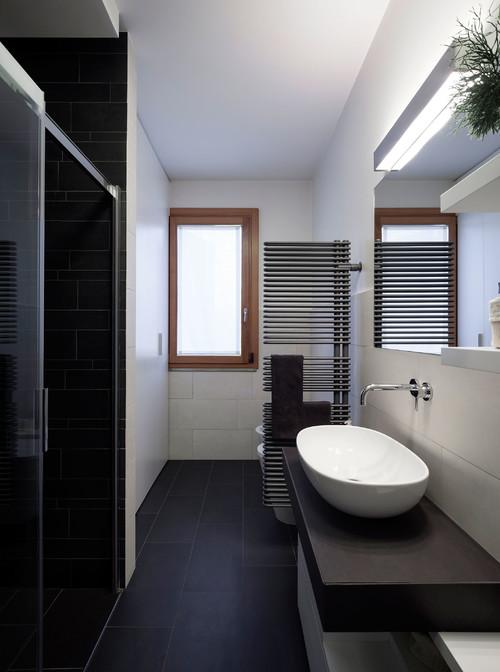 Termoarredo come divisorio for Termoarredo bagno piccolo