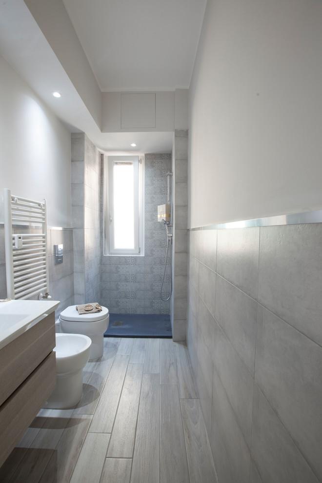 Moderno Stanza Da Bagno - Modern - Bathroom - Milan on Stanza Da Bagno  id=77491
