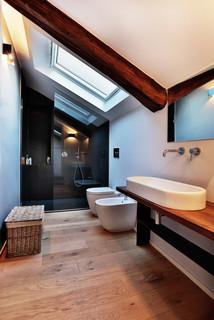 Nizza contemporaneo stanza da bagno torino di officina8a - Specchi bagno torino ...