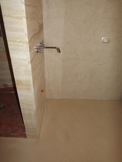 Pavimento spatolato in cocciopesto micro cemento resine - Bagno cemento spatolato ...