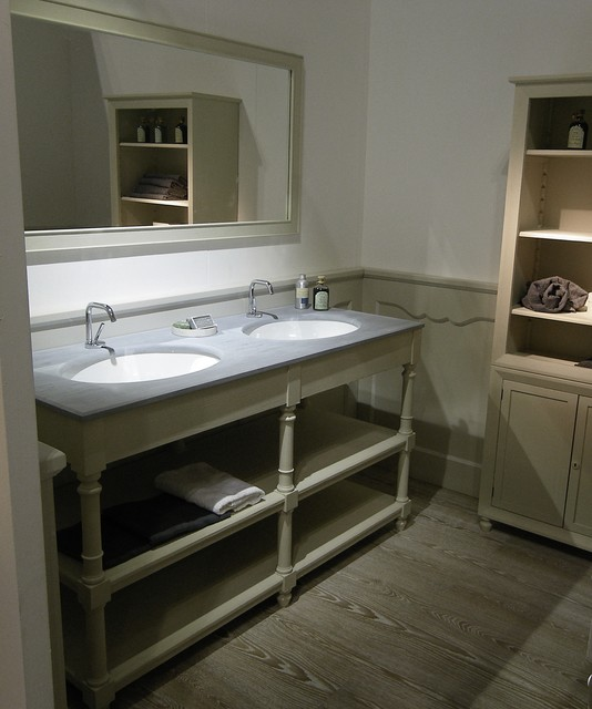 Provencal style bathroom in Milan - Bagno stile provenzale a ...