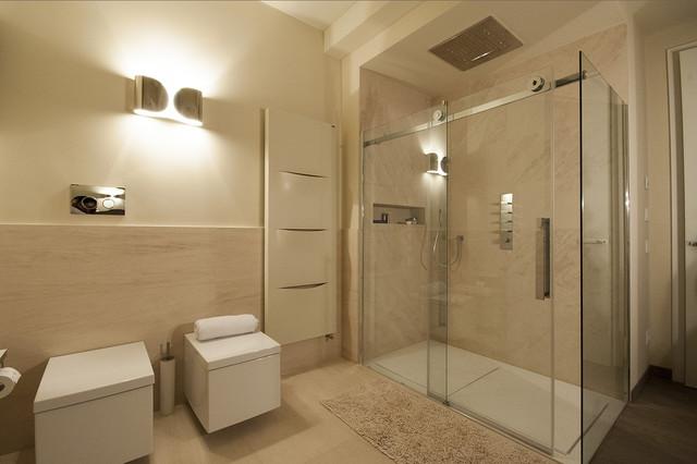 Realizzazioni moderno stanza da bagno milano di for Stanza da bagno