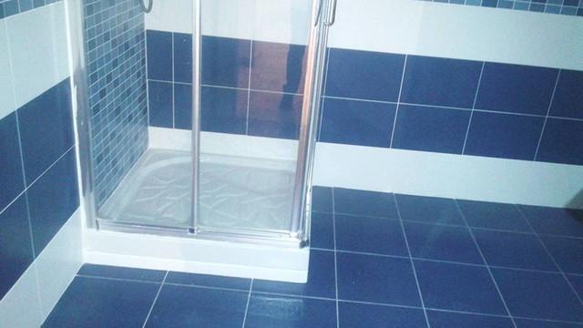 Foto di una stanza da bagno minimal