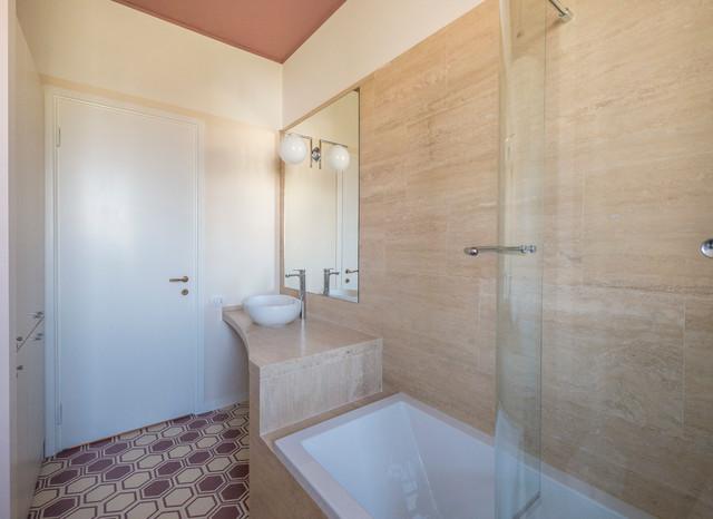 travertino e marsala - moderno - stanza da bagno - milano - di ... - Bagni In Pietra Moderni