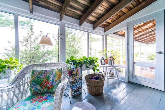 Rustic Sunrooms Gallery Of Example Of A Classic Room Combo Design
