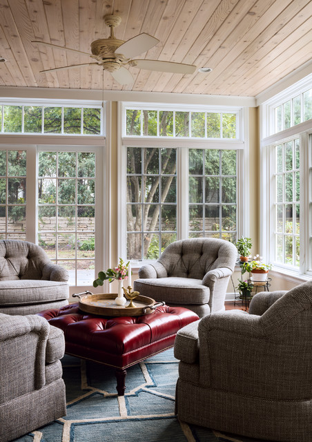Example of a classic sunroom design in Milwaukee with a standard ceiling