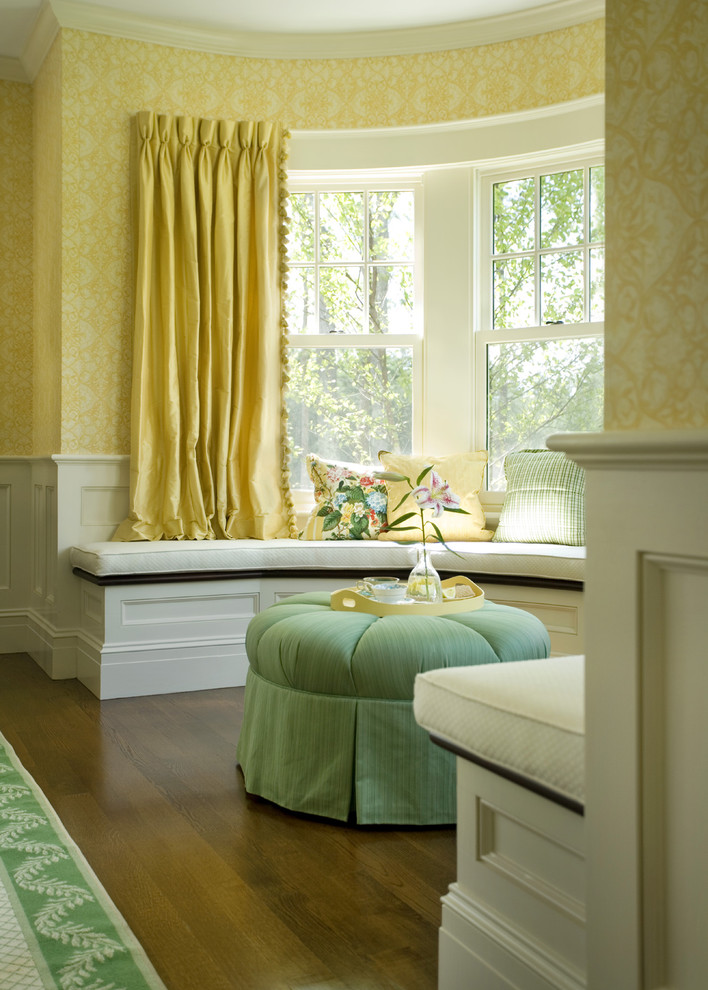 Inspiration for a timeless sunroom remodel in Boston