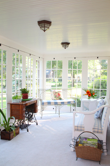 Hearthstone Farm - Sunroom traditional porch
