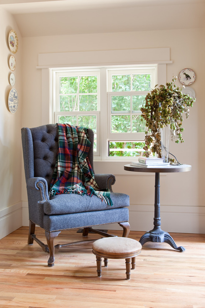 Inspiration for a transitional sunroom remodel in Other