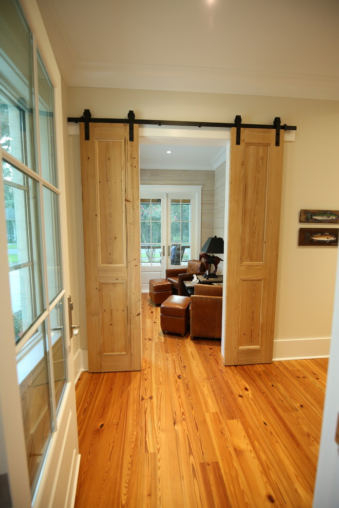 Example of a classic sunroom design in Other