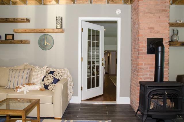 Sunroom: Vermont Castings Gas Fireplace traditional-sunroom