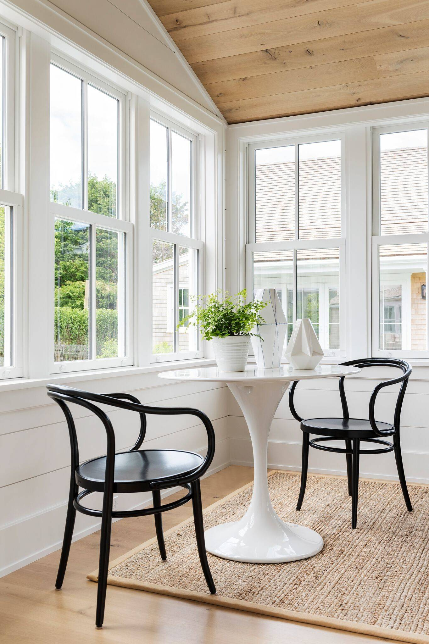 21 Beautiful Beige Sunroom Pictures & Ideas - September, 21  Houzz