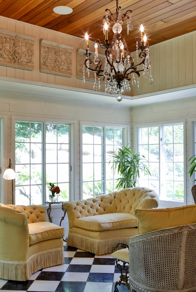 Love the Traditional Style? How to Incorporate It Into Your Home Design