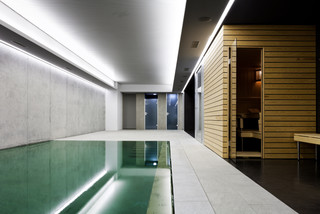 Basement swimming pool with tiling detail