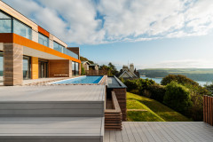 Houzz Tour: A Devon Home That Cleverly Frames a Spectacular View