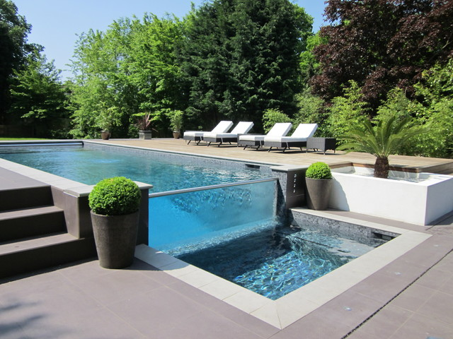 Glass wall outdoor pool for Outdoor pool design uk