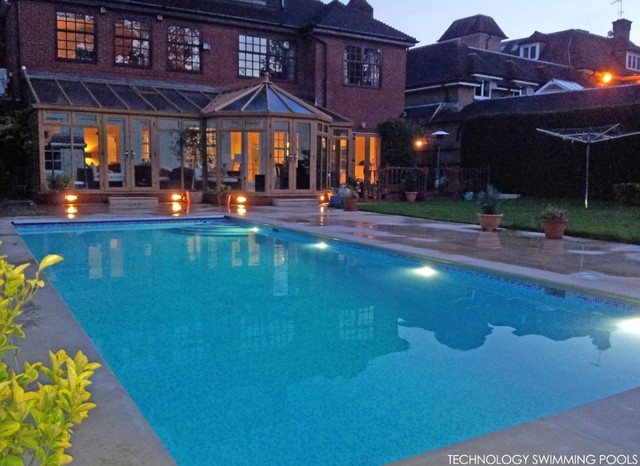 outdoor pool winchmore hill london. Black Bedroom Furniture Sets. Home Design Ideas