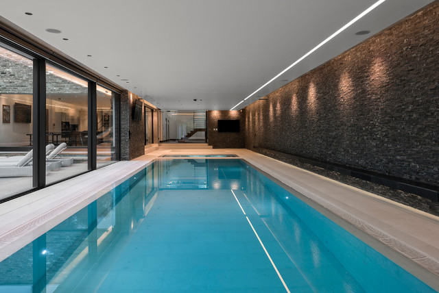 Ultra Modern Hertfordshire Home Contemporary Swimming
