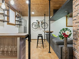 Nato su Houzz: La Taverna Stile Industrial per Amici e Famiglia (8 photos) - image  on http://www.designedoo.it