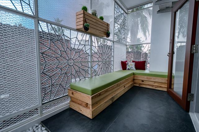 Brilliant Seating Ideas For Enclosed Balconies