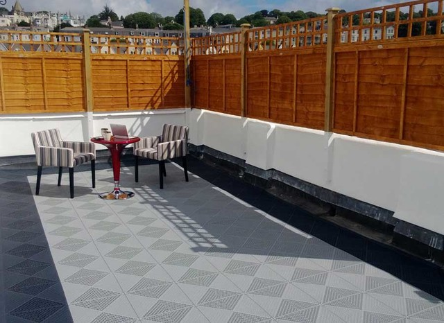Roof Terrace flooring DiY project Contemporary Deck Other