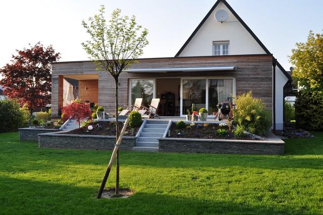 haus mit anbau freiraum cube bild haus mit anbau walmdach haus mit anbau essplatz haus anbau. Black Bedroom Furniture Sets. Home Design Ideas