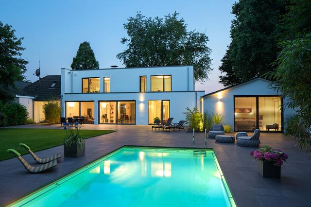 einfamilienhaus in meerbusch modern terrasse essen. Black Bedroom Furniture Sets. Home Design Ideas
