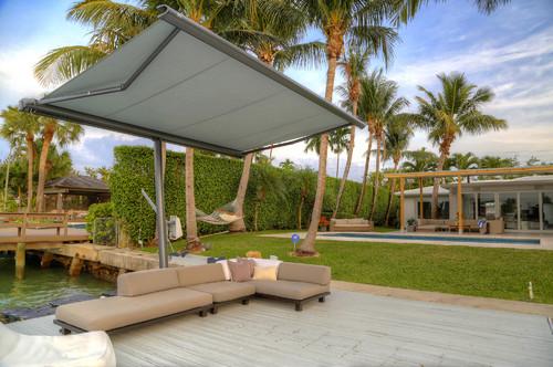 Sonnenschutz im Garten: 13 Ideen, die Schatten spenden