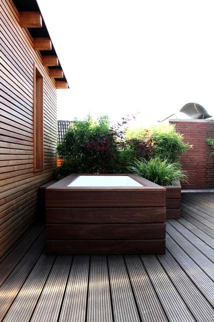 Outdoor Dusche Balkon : Nachher – Modern – Terrasse & Balkon – other metro – von Karl