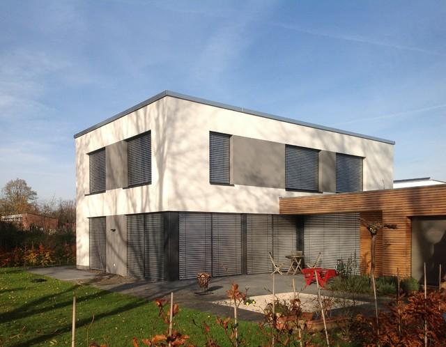 Passivhaus modern  PLUS-Energie-Passivhaus - Minimalistisch - Terrasse - Dortmund ...