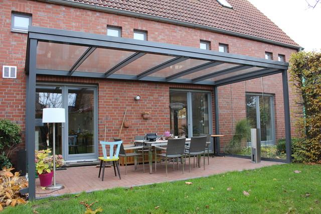 terrassen berdachung flachdach mit glas. Black Bedroom Furniture Sets. Home Design Ideas