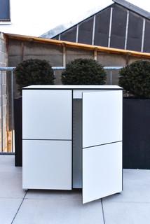 win gartenschrank outdoorschrank bauhaus look gartenboxen truhen other metro von. Black Bedroom Furniture Sets. Home Design Ideas