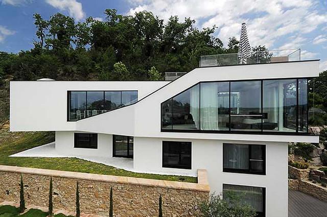 wohnhaus aussenbereich modern terrasse n rnberg von huber geb udetechnik. Black Bedroom Furniture Sets. Home Design Ideas