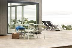 Quel mobilier adopter pour une terrasse en bois ?