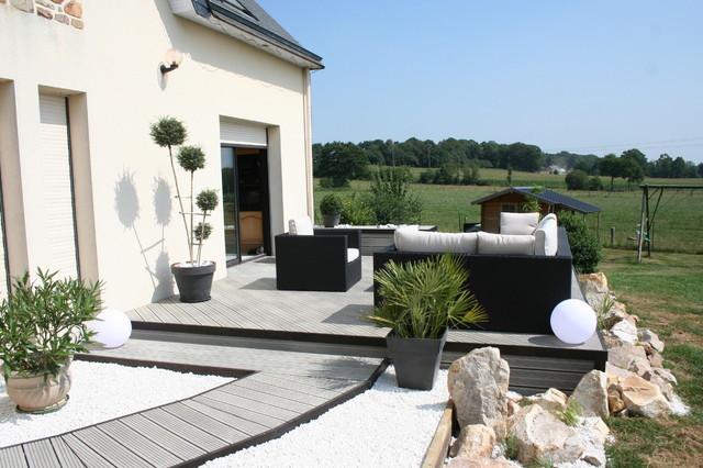 Aménagement d\'une terrasse en bois composite gris ...