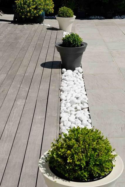 Aménagement extérieur Zen - Moderne - Terrasse et Patio - Lyon - par ...