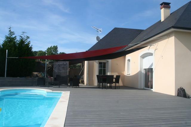 Aménagement plage de piscine - Modern - Deck - Angers - by ...