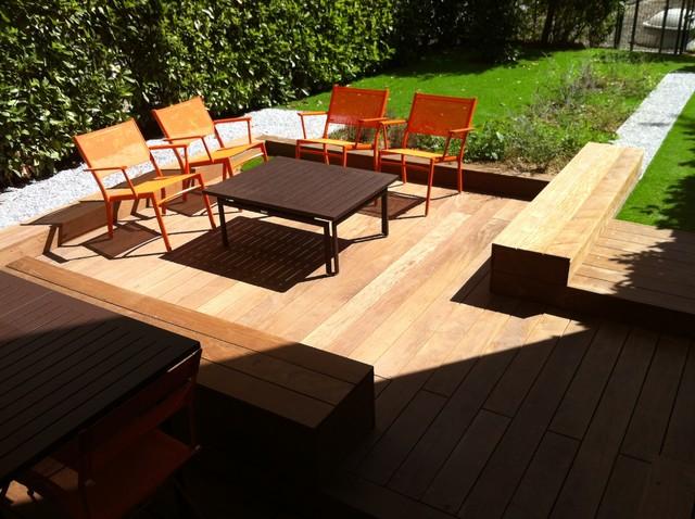 Banquette exterieur contemporain terrasse en bois for Banquette bois exterieur