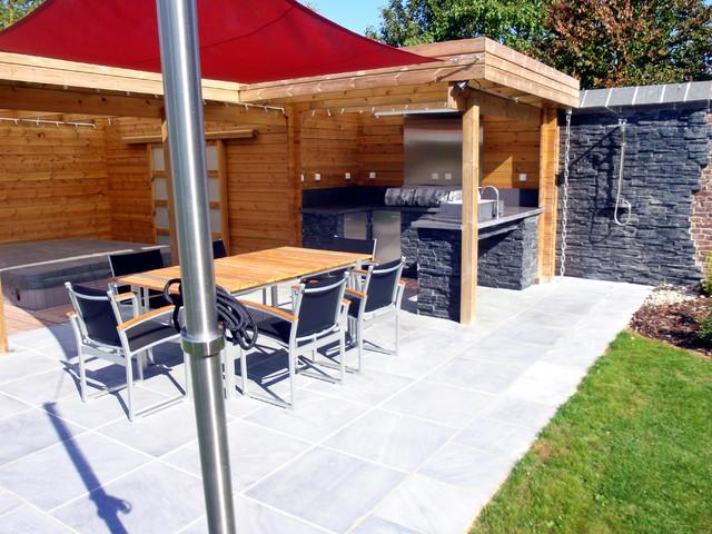 Terrasse Spa Patio coin cuisine et spa - moderne - terrasse et patio - lille - par