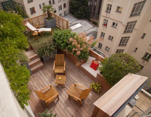 Ideas de decoraci n as se convierte una simple terraza - Baldosas de madera para jardin ...