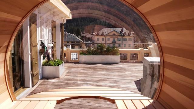 espace d tente interieur sauna bulle contemporain terrasse en bois montpellier par. Black Bedroom Furniture Sets. Home Design Ideas