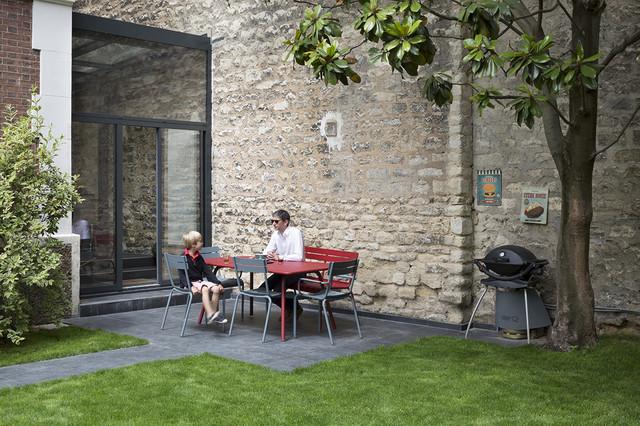 extension de maison paris modern patio paris by think tank architecture. Black Bedroom Furniture Sets. Home Design Ideas