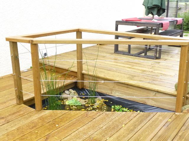 GardeCorps Bois  Remplissage Cble Inox Autour DUn Bassin
