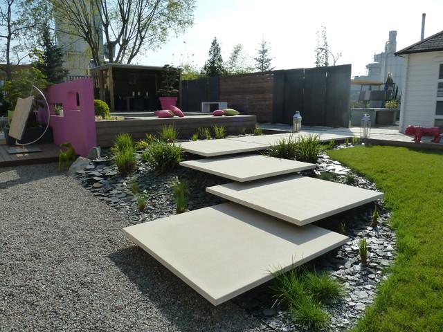 jardin d 39 exposition moderne terrasse et patio. Black Bedroom Furniture Sets. Home Design Ideas