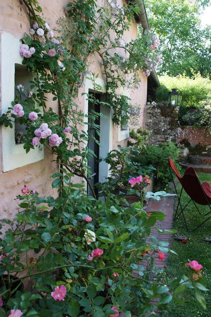 Jardin romantique - Shabby-Chic-Style - Patio - Paris - von ...